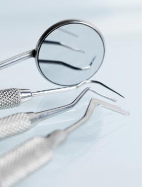 Pourquoi recourir à une intervention d'allongement des dents au laser?